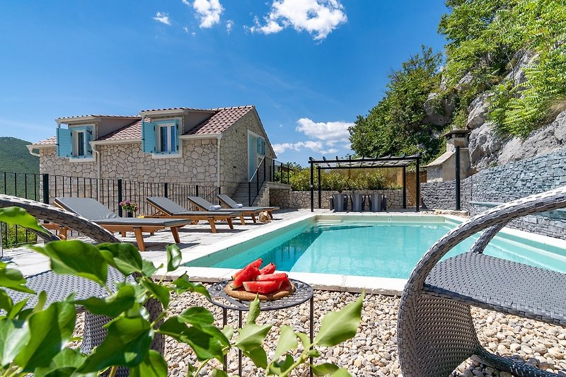 NEW! Stone villa Judita with heated pool and hydro-massage
