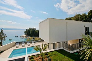NEW! Luxury, seafront  Villa Petra