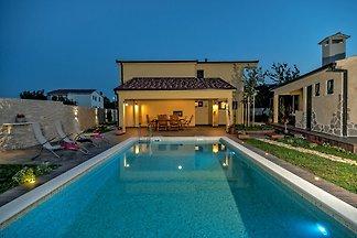 NOUVEAU! Villa Cotabella
