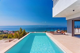 NEW! Seaview Villa Vivra,4 bedrooms