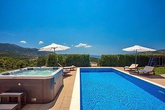 Villa Calma mit beheiztem Pool