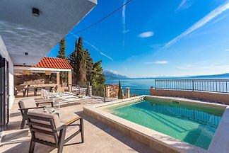 Traumhafte Villa mit Meerblick