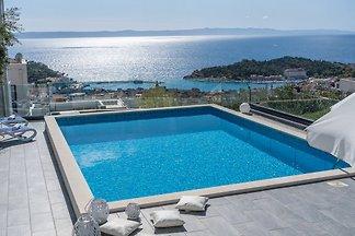 NEUE Villa LEA mit Pool, Meerblick