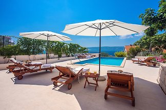 Villa Dasianda mit beheiztem Pool
