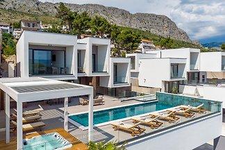 NEU! Villa Largo nur 10m vom Strand
