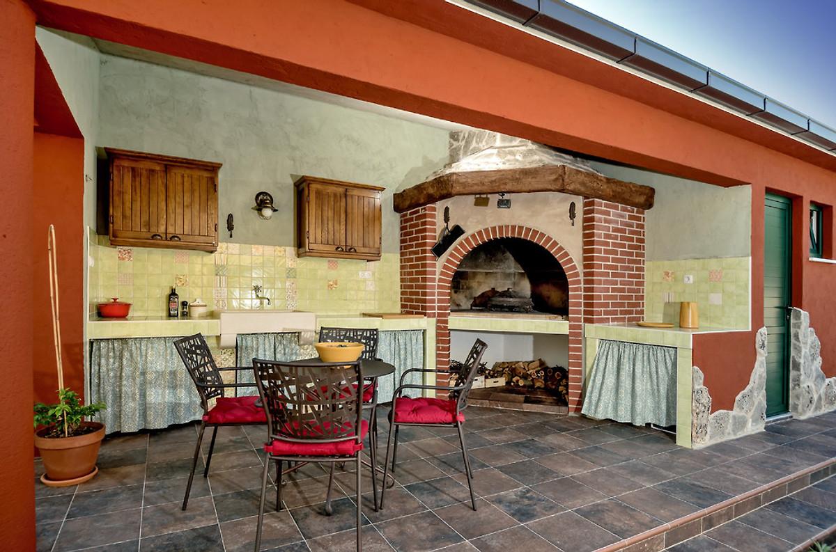 Sommerküche Mauern : Sommerküche selber bauen feuerstelle im garten selber bauen