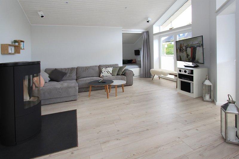 Wohnzimmer mit Kamin, SAT/TV, W-LAN, Stereo
