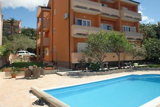 Haus Sany mit Pool