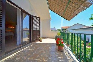 Holiday flat in Pirovac