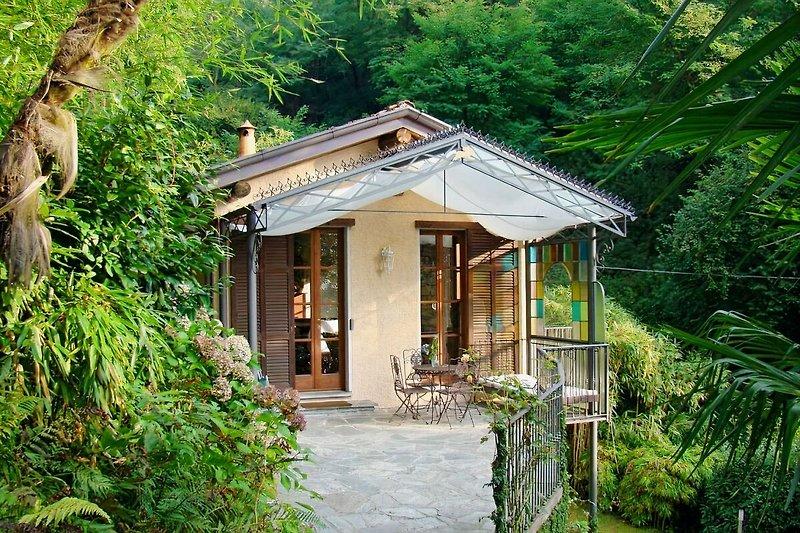 Gärtnerhaus mit Terrasse
