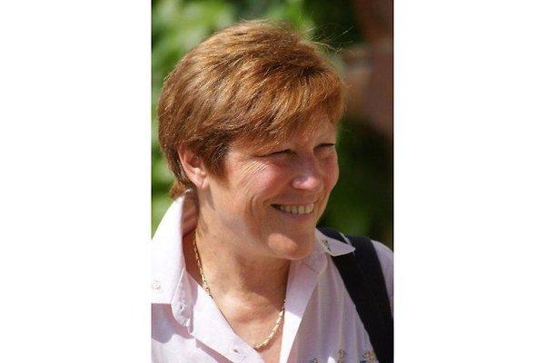 Frau B. Schneider