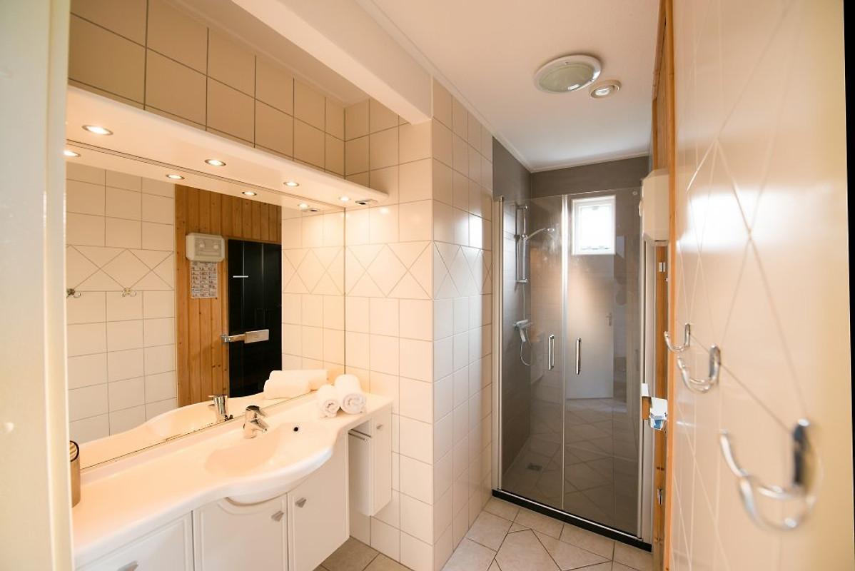 Ferienhaus mit sauna villahof texel ferienhaus in de koog mieten - Lay outs badkamer ...