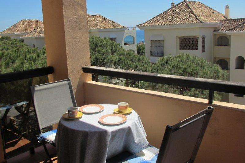 4 BR Komf.Strandwohnung, con vistas al mar en Marbella - imágen 2
