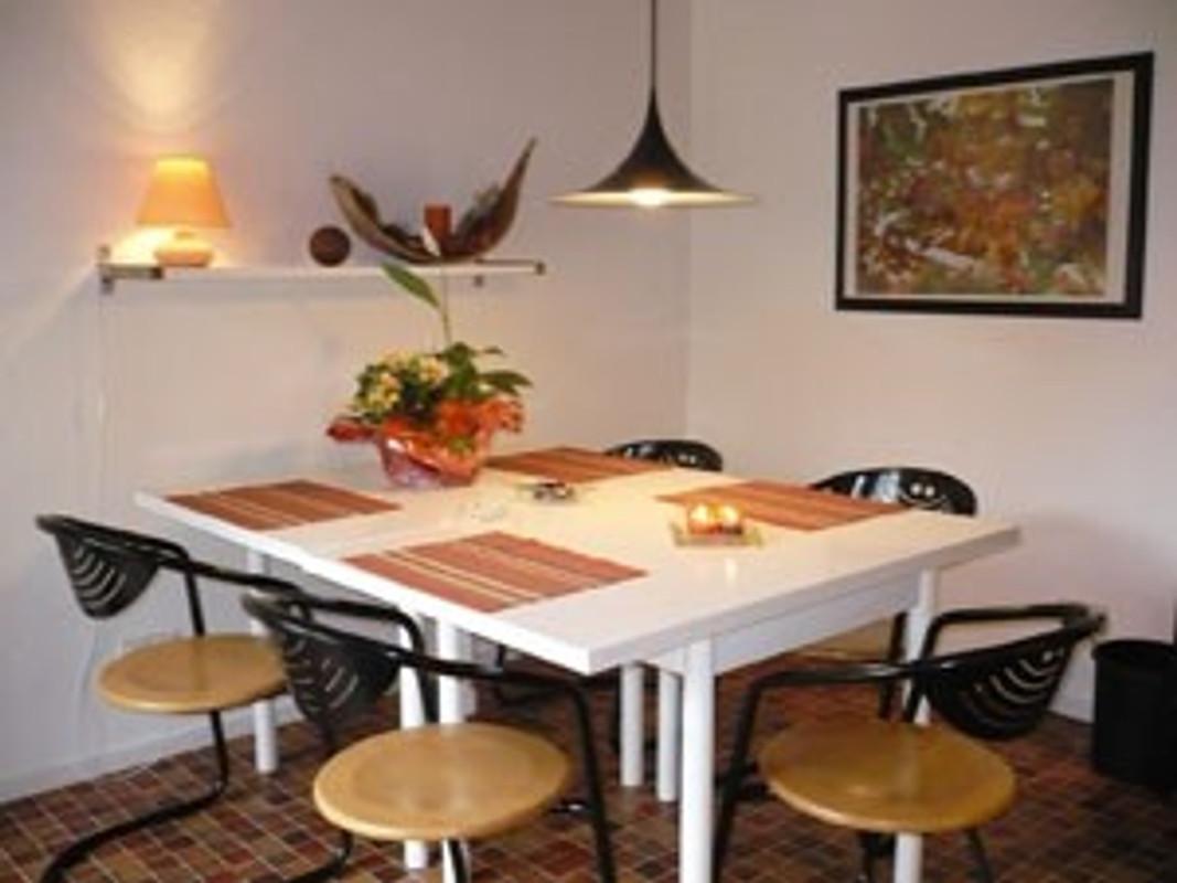 Ferienhaus margarete ferienhaus in emden mieten for Essplatz küche