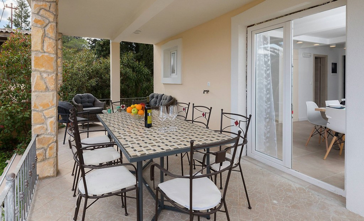 Neue moderne luxe villa ferienhaus in vrboska mieten