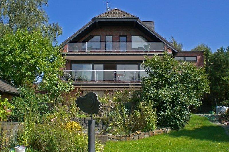 Haus Waldheide vom Garten aus gesehen