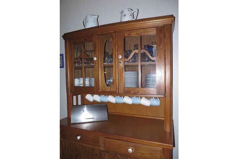 ferienhaus altes weingut in landau firma weingut frau gr bert. Black Bedroom Furniture Sets. Home Design Ideas