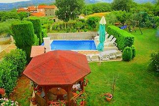 Ferienhaus   mit Beheiztem Pool