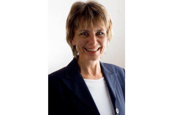 Frau B. Hübner