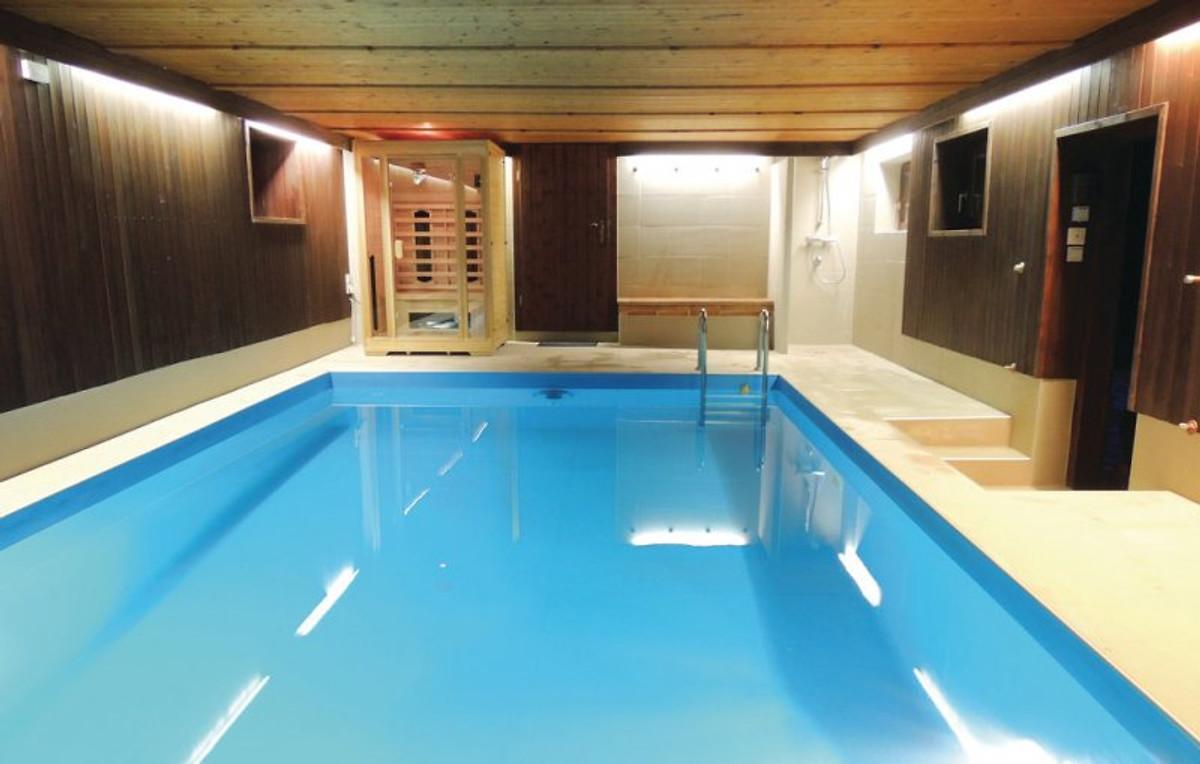 ferienhaus sonnenhang indoor pool ferienhaus in miesenbach bei birkfeld mieten. Black Bedroom Furniture Sets. Home Design Ideas