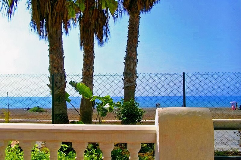Ausblick auf Meer u. Strand