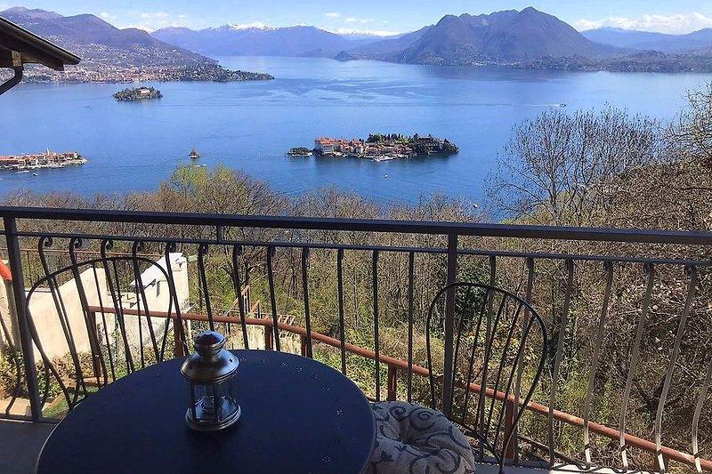 Atemberaubender Panoramablick auf den See und die INSELN!!!