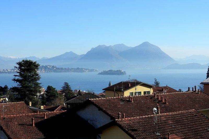 Aussicht auf den Lago Maggiore und Isola Madre