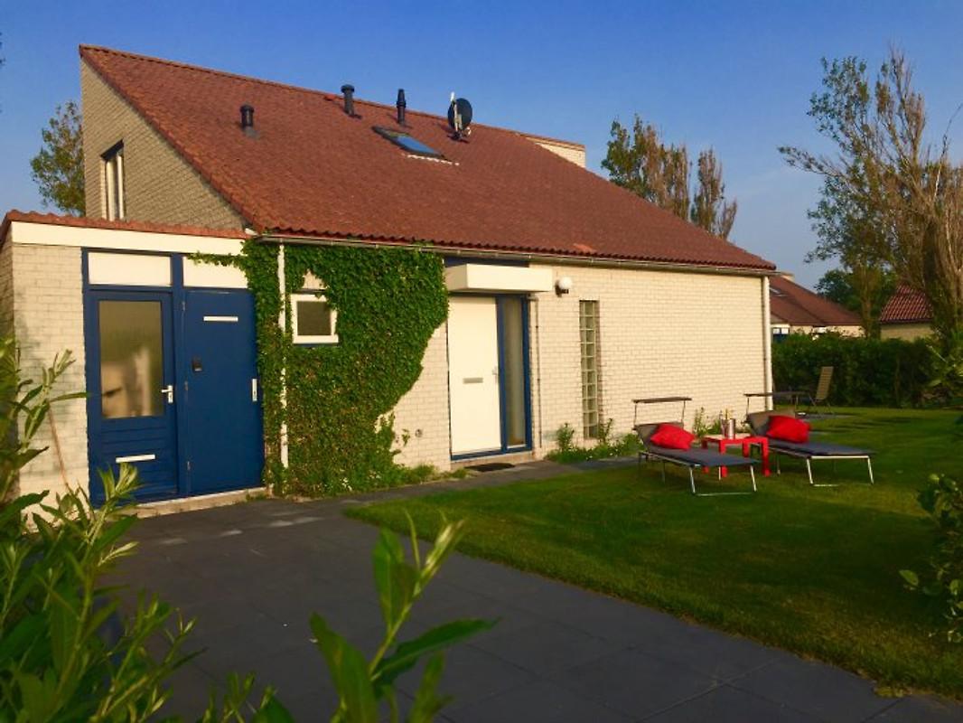 villa d nenblick ooghduyne 40 ferienhaus in julianadorp aan zee mieten. Black Bedroom Furniture Sets. Home Design Ideas