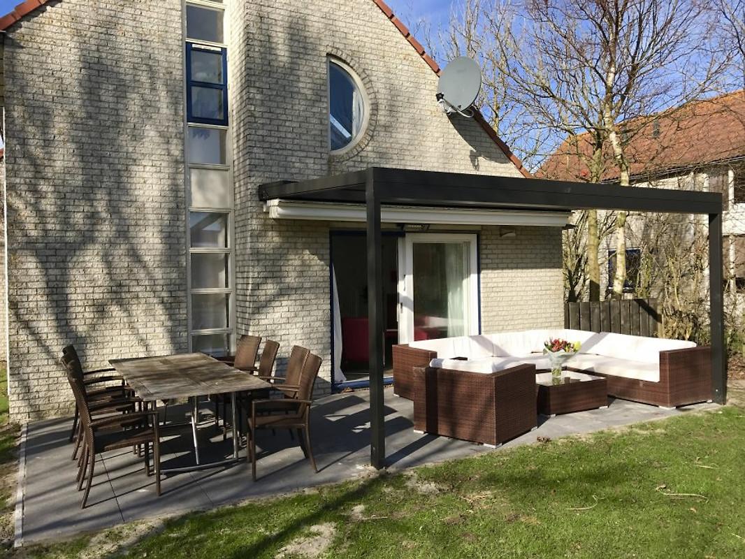 villa d nenblick xxl ferienhaus in julianadorp aan zee mieten. Black Bedroom Furniture Sets. Home Design Ideas