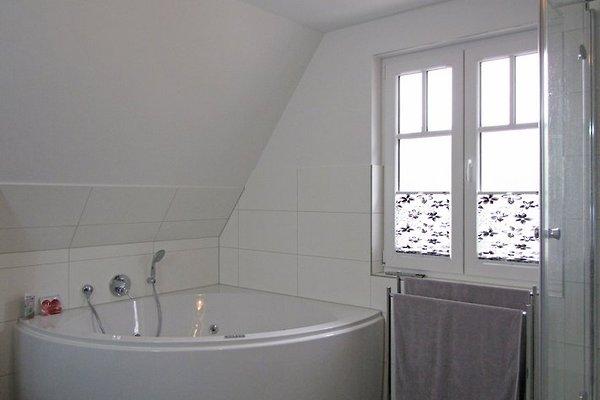 Villa nixe ferienhaus in glowe mieten - Badewanne nixe ...