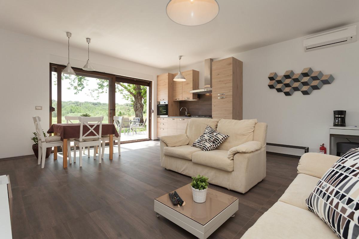 vestar apartment mit 2 schlafzimmern ferienwohnung in. Black Bedroom Furniture Sets. Home Design Ideas