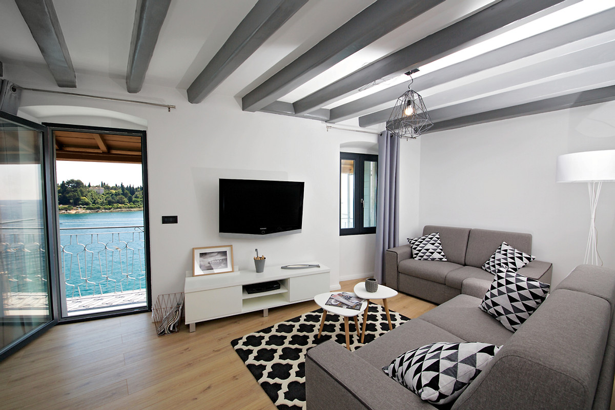 panorama antonia wohnung ferienwohnung in rovinj mieten. Black Bedroom Furniture Sets. Home Design Ideas