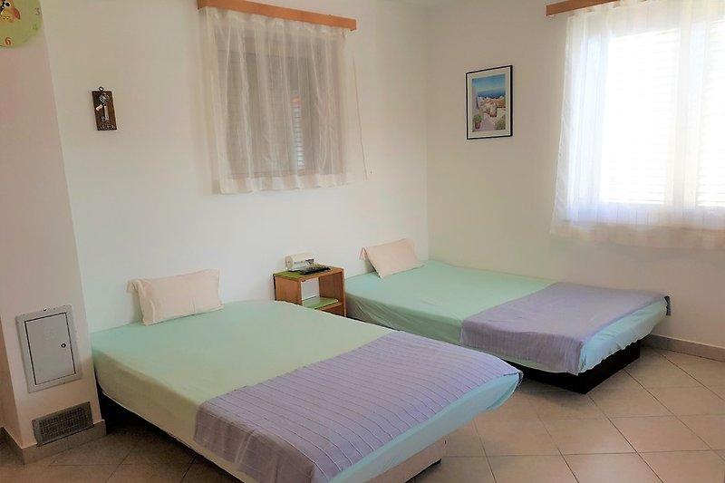 ferienwohnung 1 lopar ferienwohnung in lopar mieten. Black Bedroom Furniture Sets. Home Design Ideas