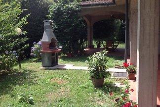 Privathaus mit großem garden.Lucca