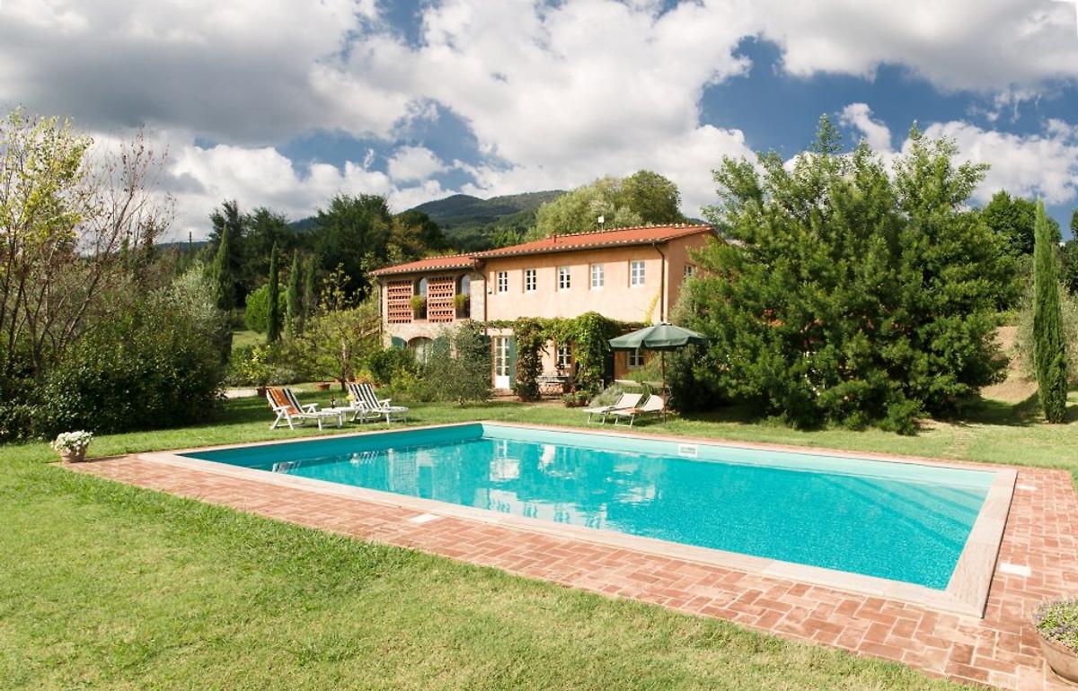 Villa l gante traditionnelle 10 peopl maison de - Prix piscine traditionnelle ...