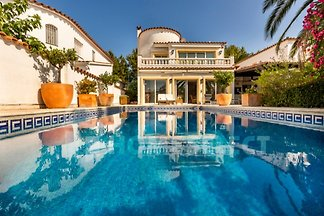 Holiday home relaxing holiday Empuriabrava