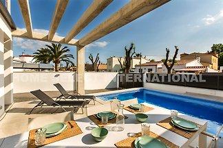 Villa mit  3 Schlafzimmer und Terrasse mit Schwimmbad