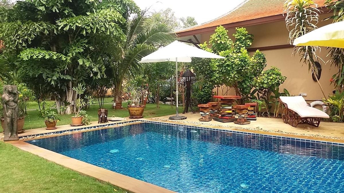 thaihaus malee garden mit salz pool ferienhaus in hua hin mieten. Black Bedroom Furniture Sets. Home Design Ideas