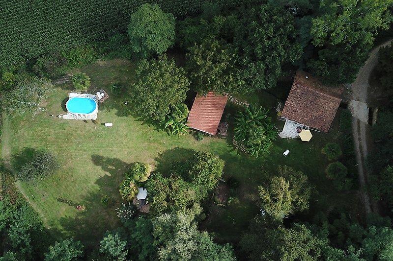 Muhle, Grange und Garten