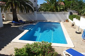 Villa Alenya with private pool, WiFi