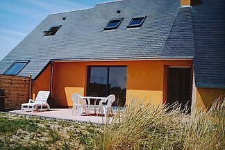 Beautiful villa on the outskirts of the dunes in the seaside resort of Saint Germain sur Ay Plage in western Normandy for 4 people and dog