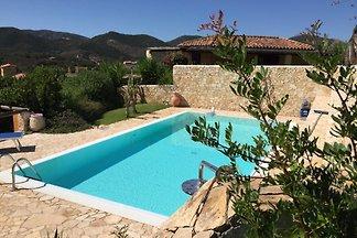 VILLA LORY con piscina privada