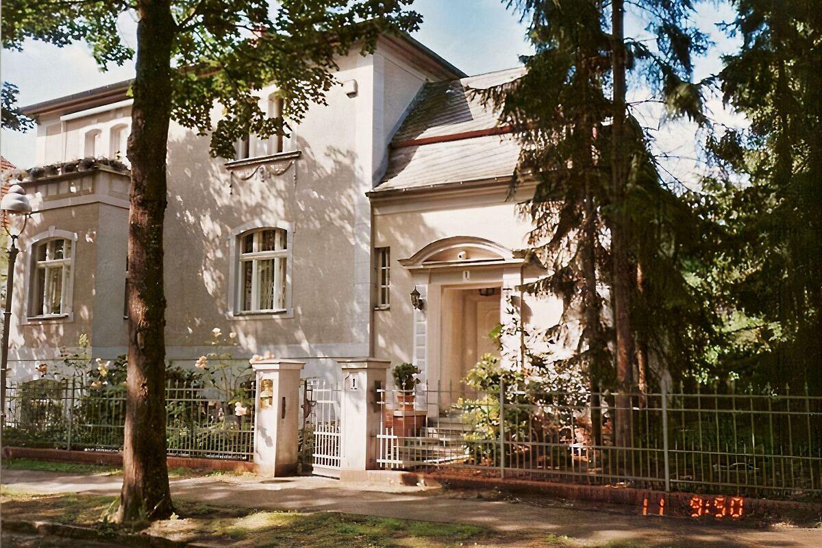 komfort ferienwohnung zehlendorf ferienwohnung in zehlendorf mieten. Black Bedroom Furniture Sets. Home Design Ideas