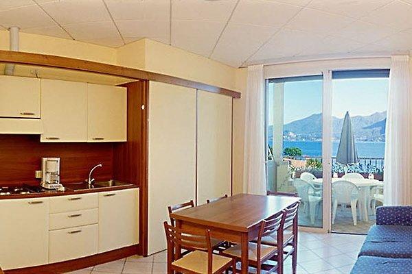residence zust io vezu bm ferienwohnung in verbania mieten. Black Bedroom Furniture Sets. Home Design Ideas