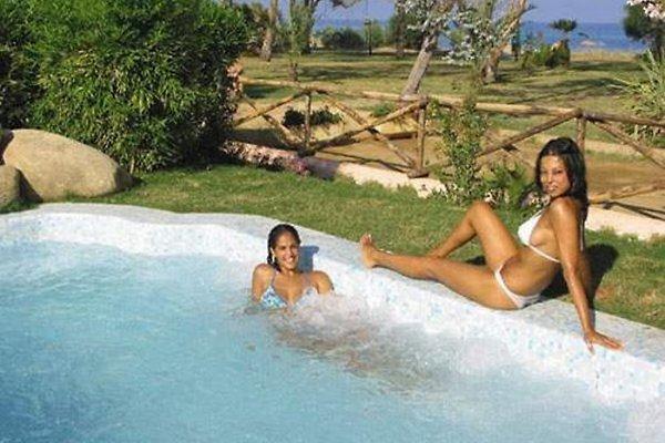 Bungalow Piscina Rei Id Crpr Bs Apartament W Costa Rei