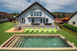 Gemes Luxus-Ferienhaus