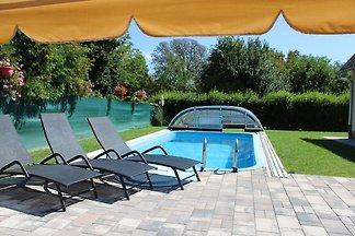 Klara Ferienhaus mit Pool