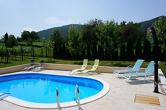 Tubi Resort mit Pool am Balaton