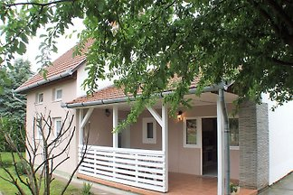 Holiday home in Balatonkeresztúr