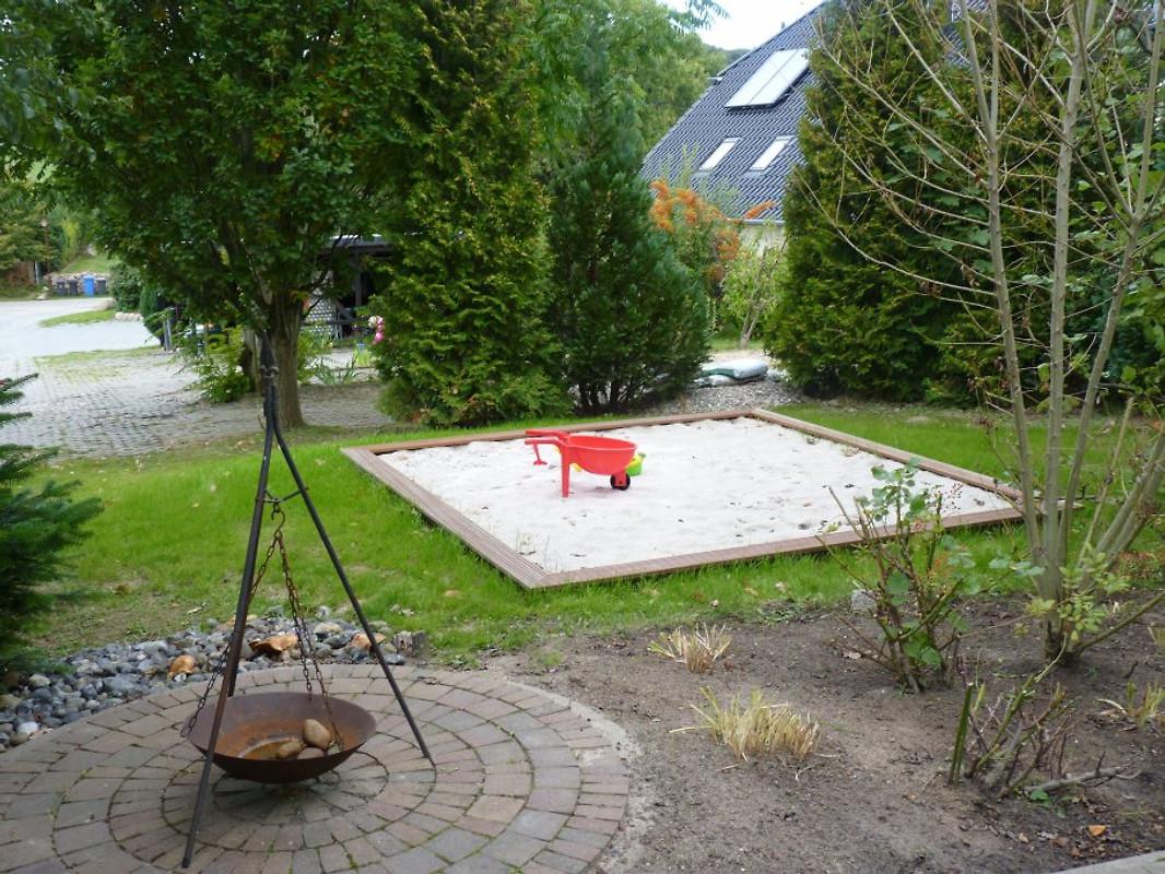 fewo hartwig dtv inkl nebenk ferienwohnung in lancken granitz mieten. Black Bedroom Furniture Sets. Home Design Ideas